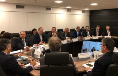 Flavio Amary discute agenda positiva no DF